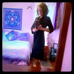Simple black dress by Bisou Bisou🖤